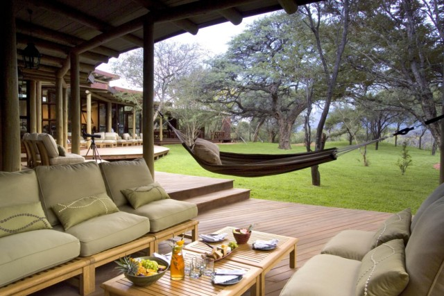 marataba-safari-lodge-verandah-corner-with-hammock